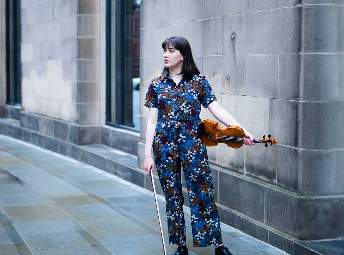 Mollie Wrafter - Irish Violinist