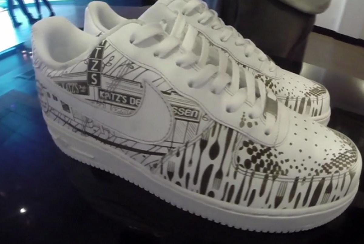 Nuevos objetos diseño de calidad variedad de diseños y colores Katz's Deli Hawking $5,000 Nike Shoes for 125th Anniversary ...