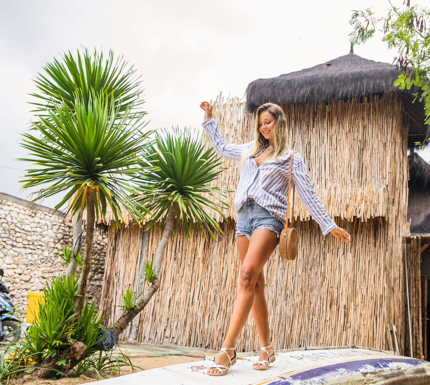 Bared_Footwear_La_Brisa_Bali_Travel_Summer_Womens_Campaign_Loon_Gold_Leather_Sandals