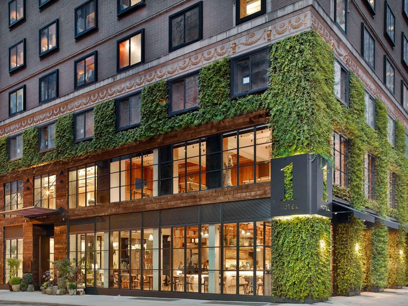 Sustainable hotels for a responsible staycation