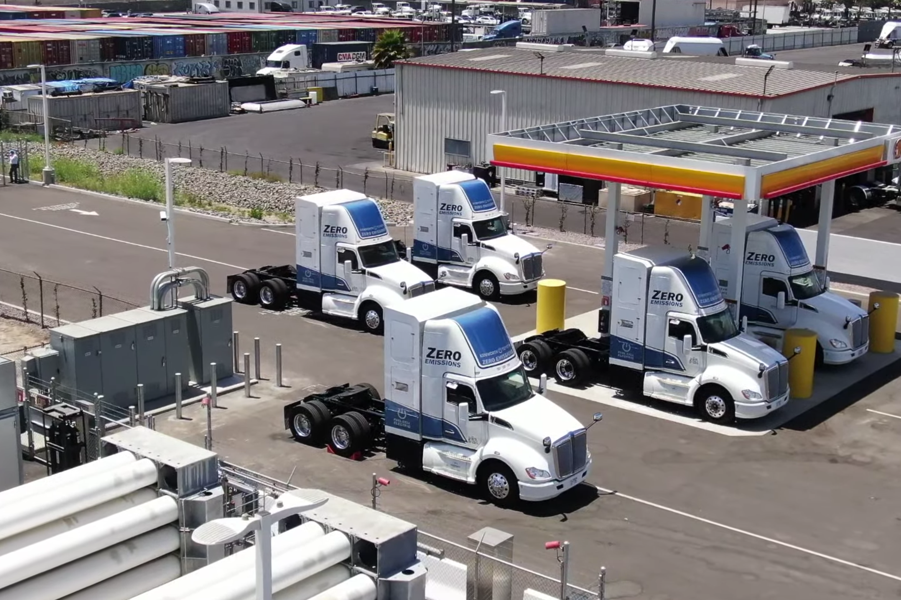 Port of Los Angeles Debuts Hydrogen Fuel Cell Electric Trucks and Fueling Stations