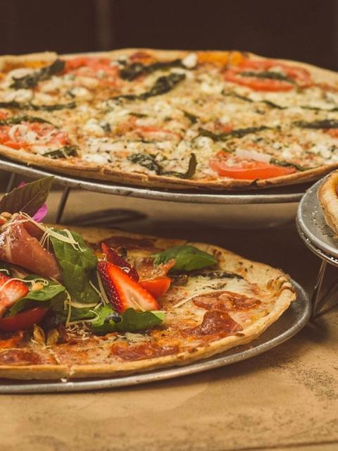 Make Some Pizza homepage header