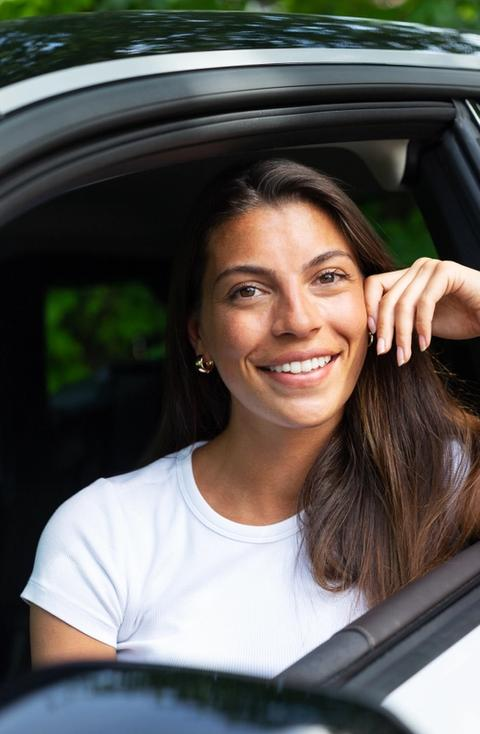 Vera Molland i bil fra imove