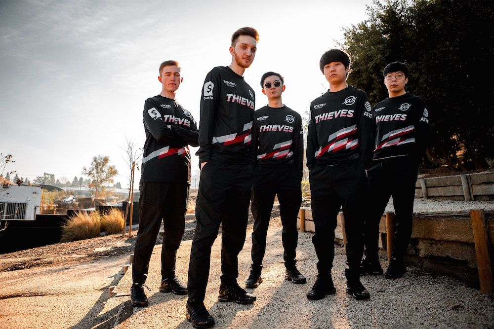 100 Thieves rise to top of LCS with cohesion, camaraderie