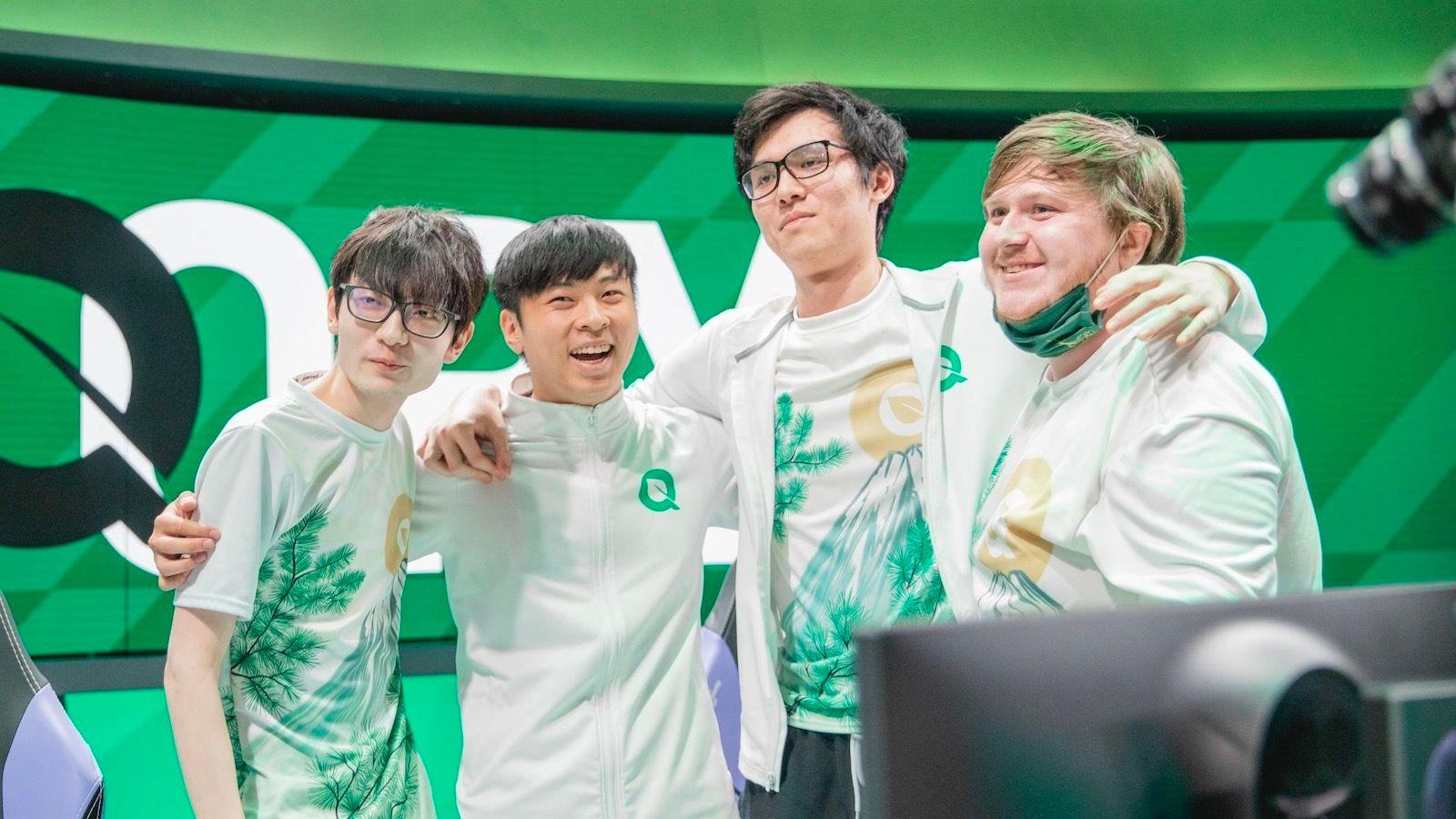 How FlyQuest's radical promotion of entire Academy roster to LCS paid off