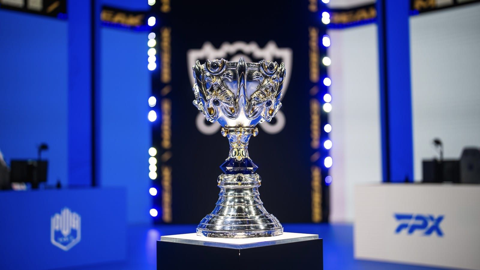 The Summoner's Cup trophy sits on stage before a match at the 2021 League of Legends World Championship